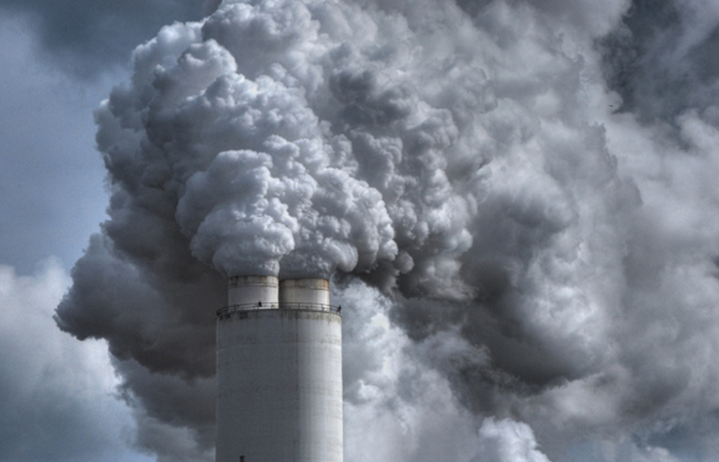 Emissions spewing from a coal-fired plant. Image-the Watchers