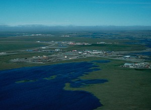 North Slope oil fields in Prudhoe Bay. Image-USFWS