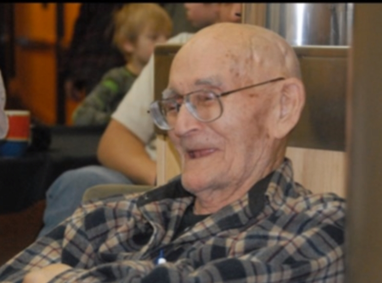 100-year-old Sidney Huntington passed away peacefully on Tuesday. Image-screengrab of Internet slideshow by Paul Apfelbeck