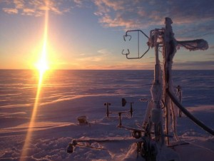 SDSU researchers Donatella Zona and Walter Oechel developed an on-demand heating system for atmospheric measuring towers, like this one in Atqasuk, Alaska. (Photo: Salvatore Losacco)