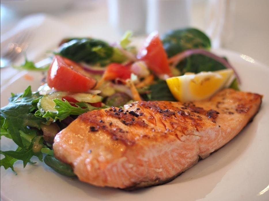 Seafood dinner. Image-Pixabay