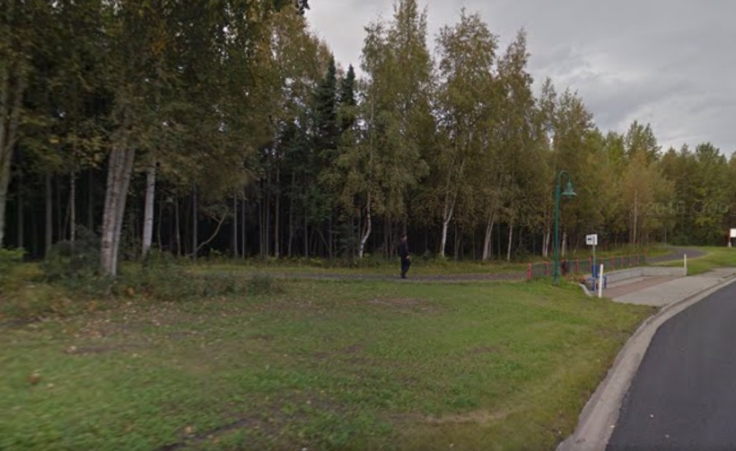 A woman in Anchorage reported that a man attempted to overpower her on the trail system near the intersection of Bragaw and Northern Lights on Wednesday. Image-Google Maps