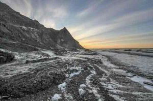 An eroding coastline in the arctic summer. Image-Alfred-Wegener Institute/Jaroslav Obu