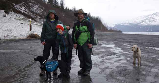 From left, Ned Rozell and his friends Ian and Chris Carlson prepare to start hiking the path of the trans-Alaska pipeline in Valdez. Photo by Kristen Rozell.