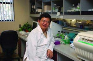 Xaio-kun Zhang, Ph.D., is an adjunct professor at Sanford Burnham Prebys Medical Discovery Institute. Dr. Zhang studies how vitamin A and its analogs treat and prevent various cancers. Image-Sanford Burnham Prebys Medical Discovery Institute