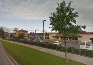 APD apprehended a stabbing suspect then an eluding suspect at this MacDonalds location in Spenard. The Executive Suites Hotel can be seen in the background. Image-Google Maps