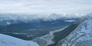 Chilkat River from Takshanuk Mountains. Image-Jonathon.s.kt | Wikipedia GNU Free Documentation License