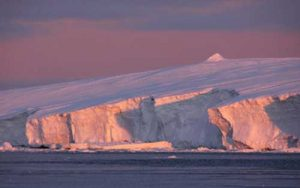 Sunset on the Sabrina Coast, East Antarctica. Credit: Steffen Saustraup, University of Texas Institute for Geophysics