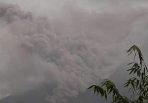 Image of Mount Mayon eruption. Image-Philippine Institute of Volcanology and Seismology