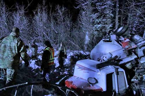 Guardsmen respond to diesel fuel spill in Valdez, Alaska. (U.S. Army National Guard photo by 2nd Lt. Marisa Lindsay/Released)