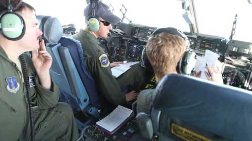 Alaska National Guardsmen in cockpit of C-17 Globemaster III transport. Image-Staff Sgt. Balinda O'Neal Dresel