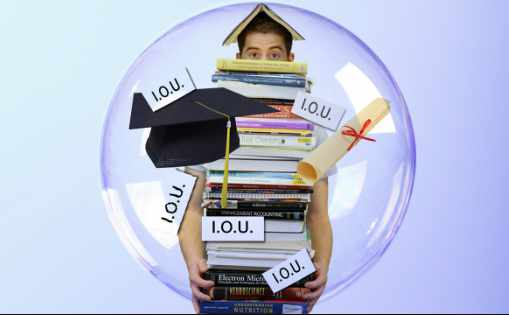 Majority in US Back Free College Tuition and Student Debt Cancellation, New Poll Finds