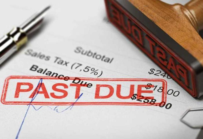 Congress Urged to Take 'Immediate Action' to Stop Debt Collectors From Snatching Relief Checks