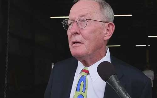U.S. Senator Lamar Alexander talking healthcare to reporters. Screengrab